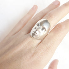 Load image into Gallery viewer, Digital face ring