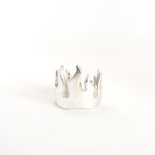 Load image into Gallery viewer, Silver Flames Ring