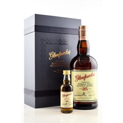 GLENFARCLAS 25 YR OLD 700ML GIFT PACK WITH 40YR OLD MINIATURE