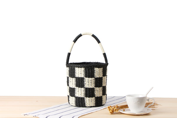 Domino bucket bag