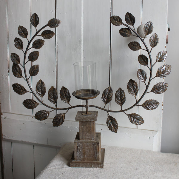Laurel Wreath Candleholder
