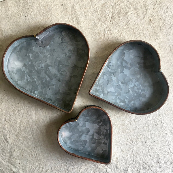 heart tray set