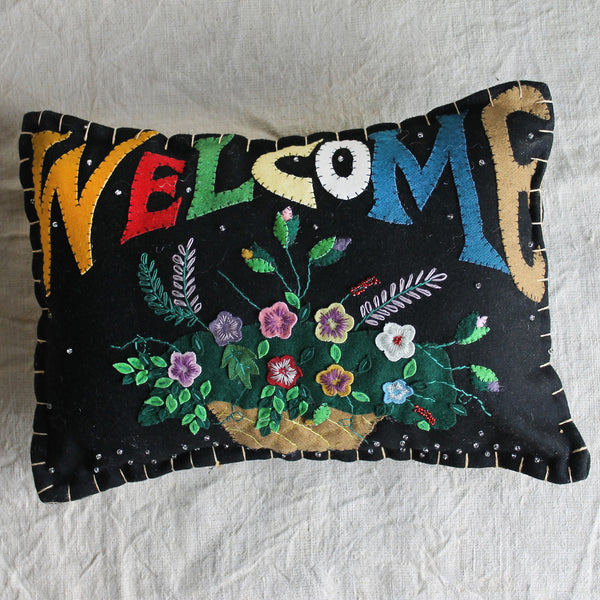 welcome flower pillow