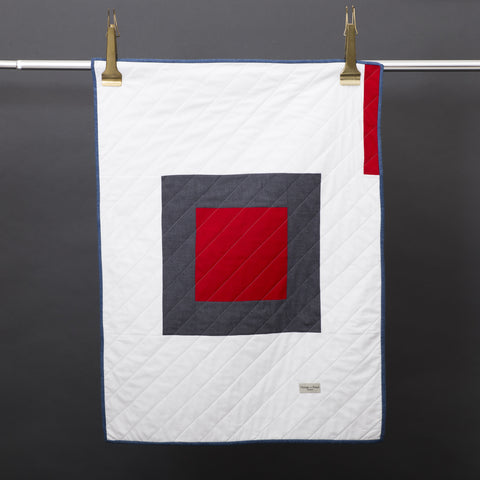 Little Centre Square Quilt- Red