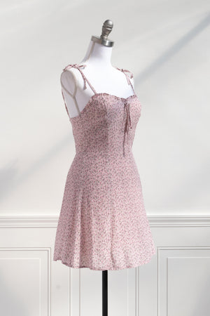 feminine french 1960s vintage style sexy short little pink dress valentines