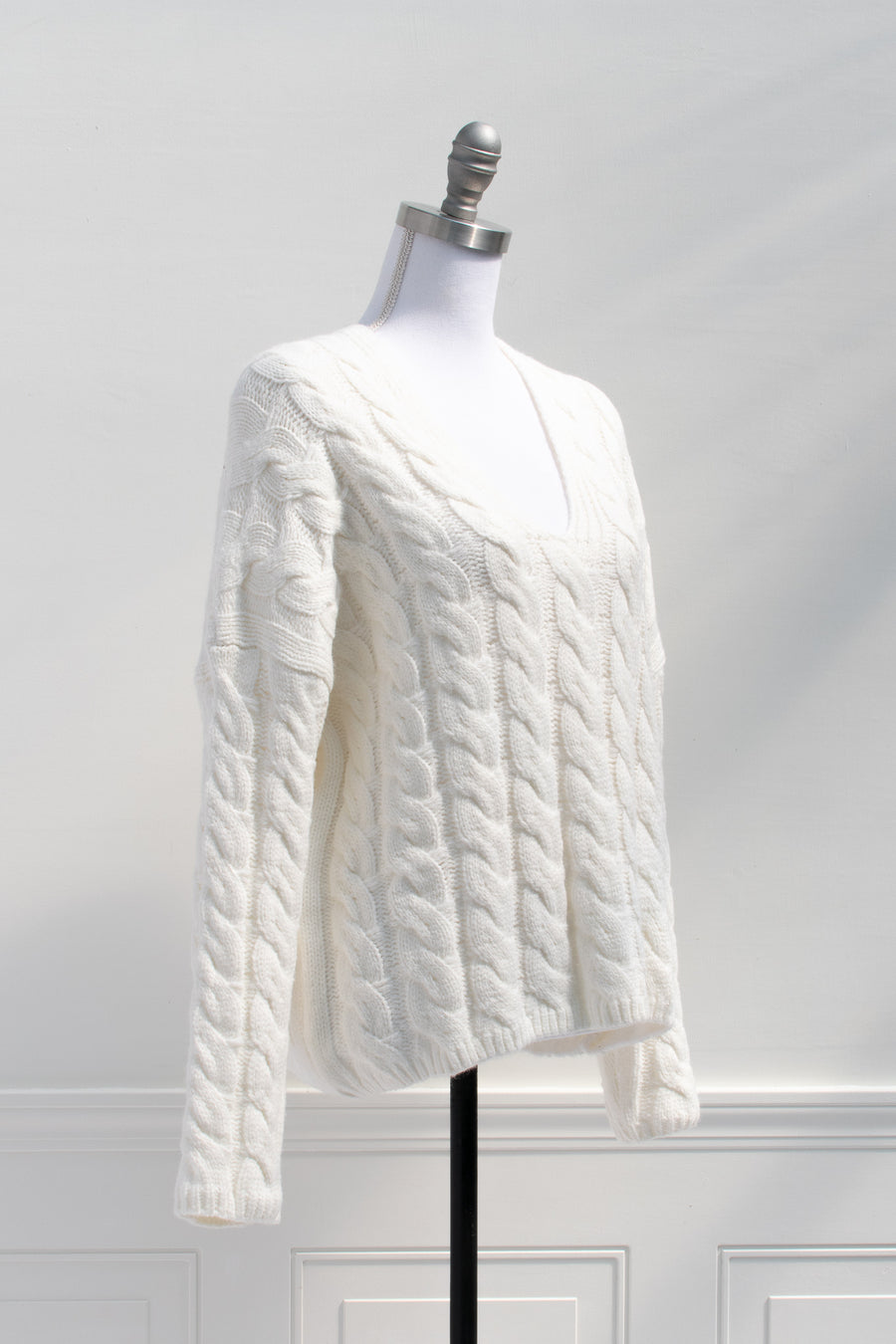 cute fisherman's cable knit long sleeve slouchy sweater