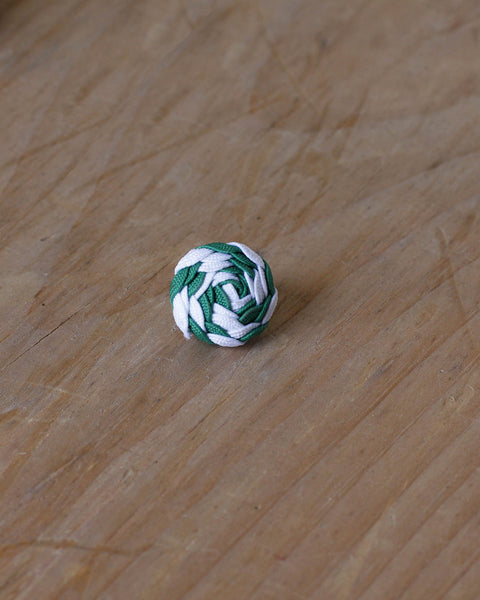 green and white spiral knot