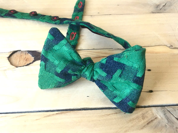 interconnected bow tie