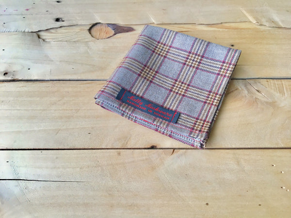 red oak pocket square