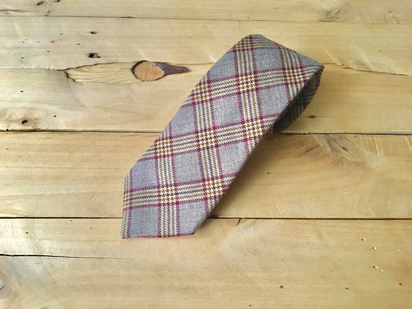 red oak necktie