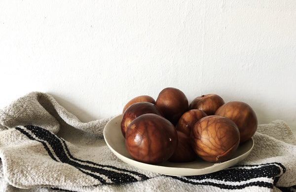 Kathryn davey Natural dyeing with avocado pits & avocado stones