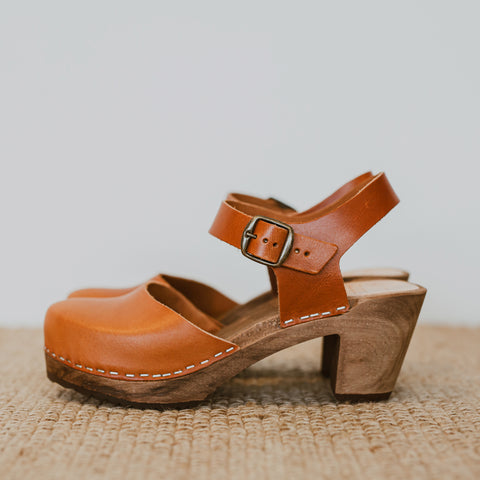 Cumin mid heel women's swedish clog with ankle strap