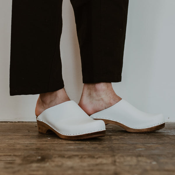 white low heel men's classic style swedish clogs
