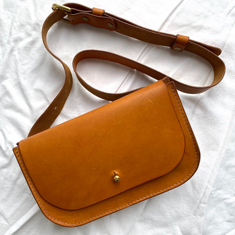 Paula Kirkwood Belt Bag tan