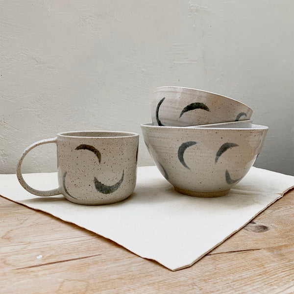 mutai ceramics set moon