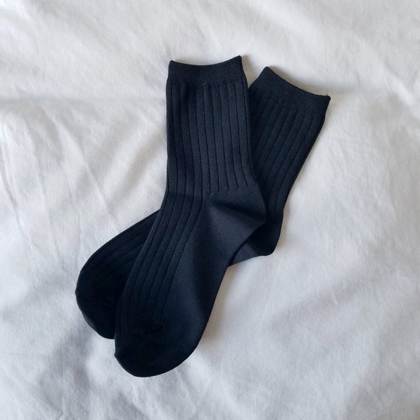 black ribbed knitted ankle sock