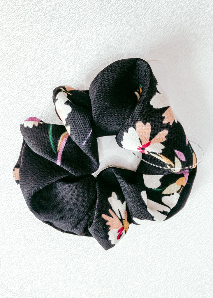 navy floral scrunchie - Mint