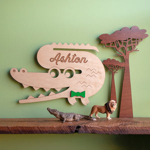 Alligator Wooden Room Sign