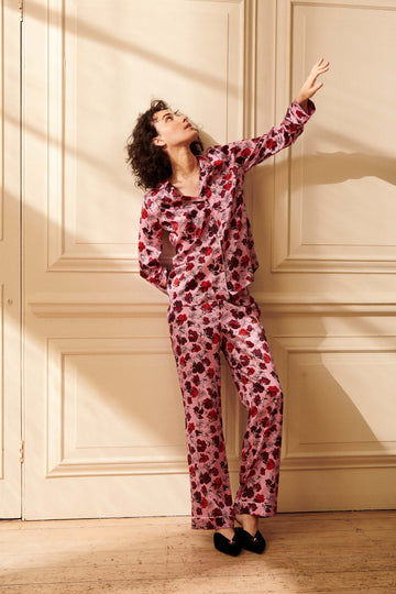 Dakota Plum Women's Classic Silk Pyjama Set | Silk Pyjama Sets | YOLKE