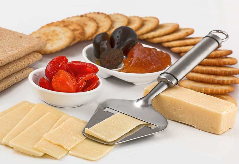 Natural crackers and low-fat cheese