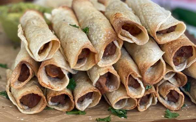 Weight Watchers Easy Beef and Bean Taquitos Recipe