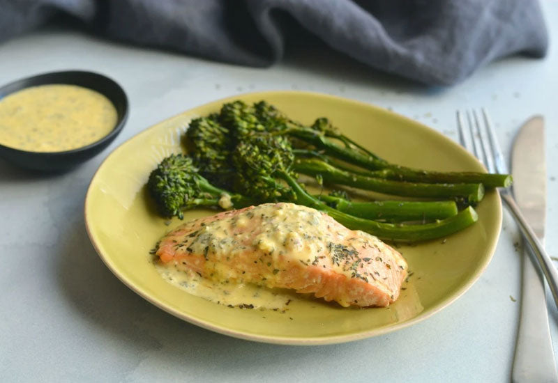 Whole30 Salmon Béarnaise & Broccolini