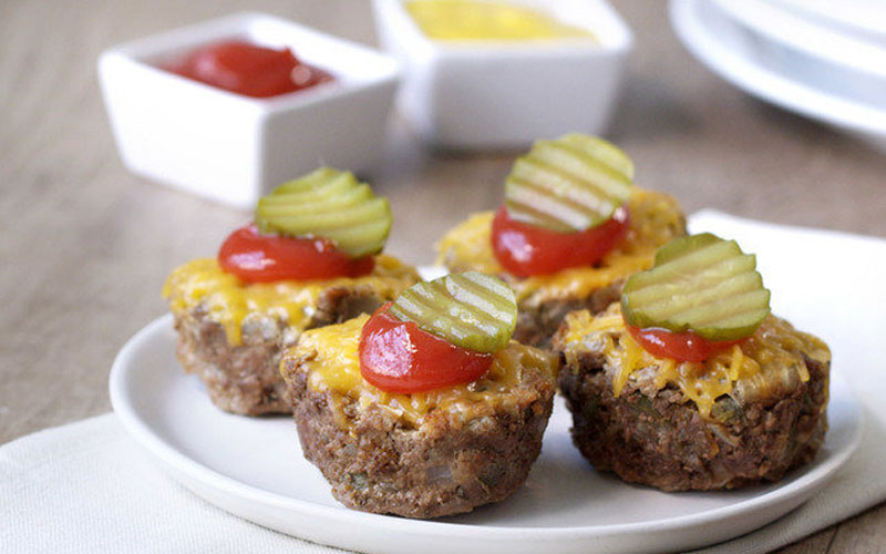 Weight Watchers Cheeseburger Mini Meatloaves Recipe