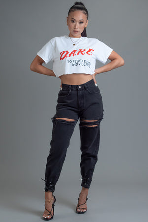 WHITE N RED DARE CROP TEE