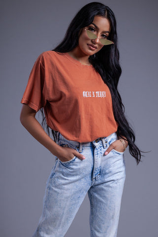 BURNT ORANGE TRASHED ANGELINA TEE