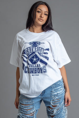 WHITE N BLUE COWBOYS CHAMP TEE