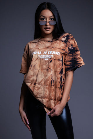 Blk N Gold Burbs Cropped Distressed Tee