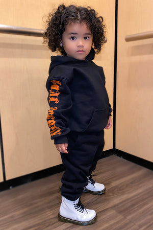 KIDS BLK N ORANGE TRAP HOODIE