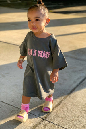 KIDS DARK GREY N PINK MEDI CHECKER TEE