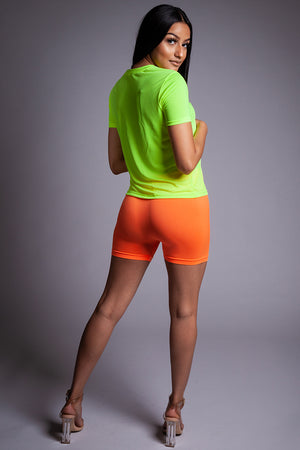 BASIC BIKER SHORTS - NEON ORANGE