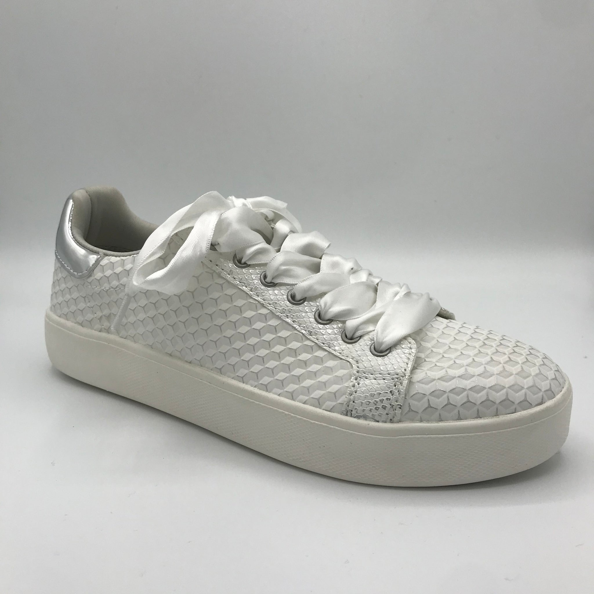 Tamaris Off White Textured Trainer - Imeldas Shoes Norwich