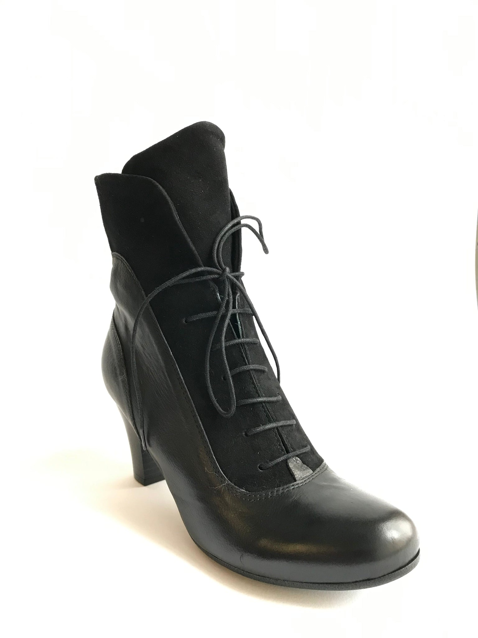 Vitello Camoscio Black - Imeldas Shoes Norwich