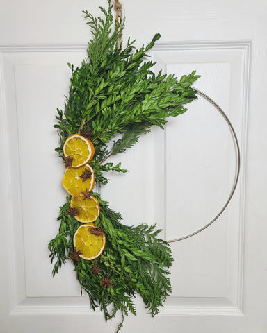 Hoop greenery wreath diy with dried oranges and star anise, Maddi and Joan