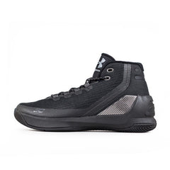 UA CURRY 3 BLACKOUT