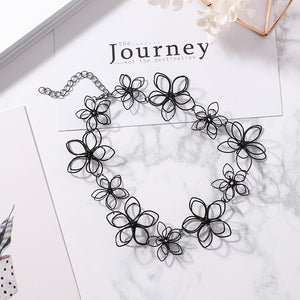 Hana Choker Necklace