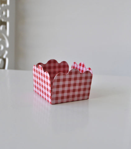 Gingham Red Sweet Box