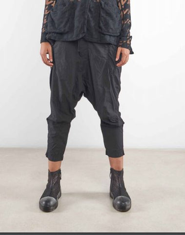 Rundholz SS19 3360108 trousers - black