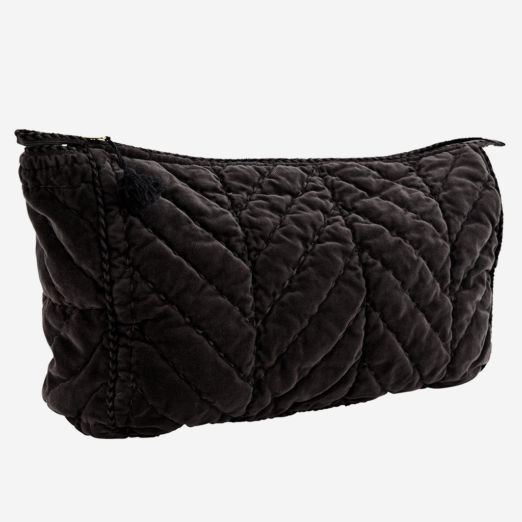 QUILTED VELVET TOILET BAG W/ PIPING