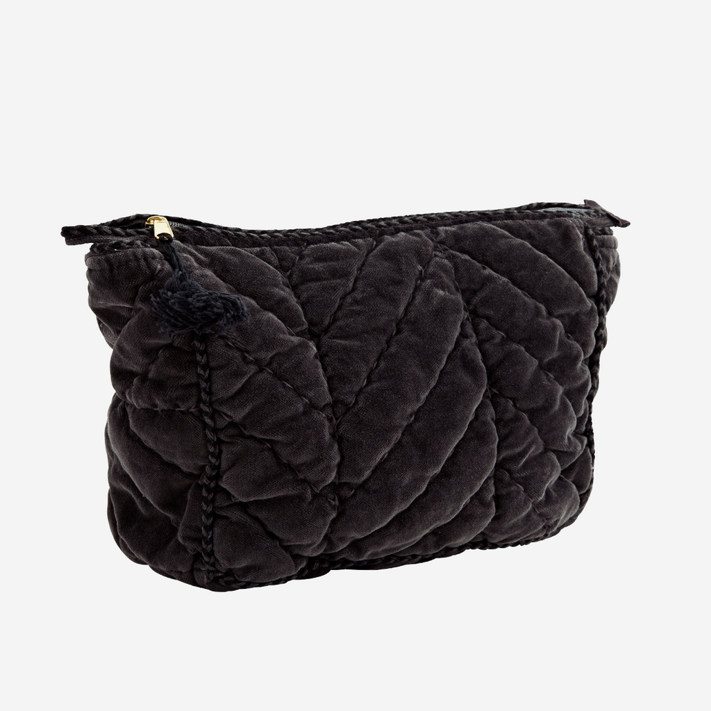 QUILTED VELVET TOILET BAG W/ PIPING-S