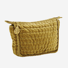QUILTED VELVET TOILETRY BAG S