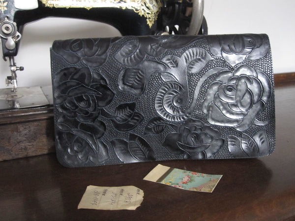 CollardManson Tooled Clutch - Black