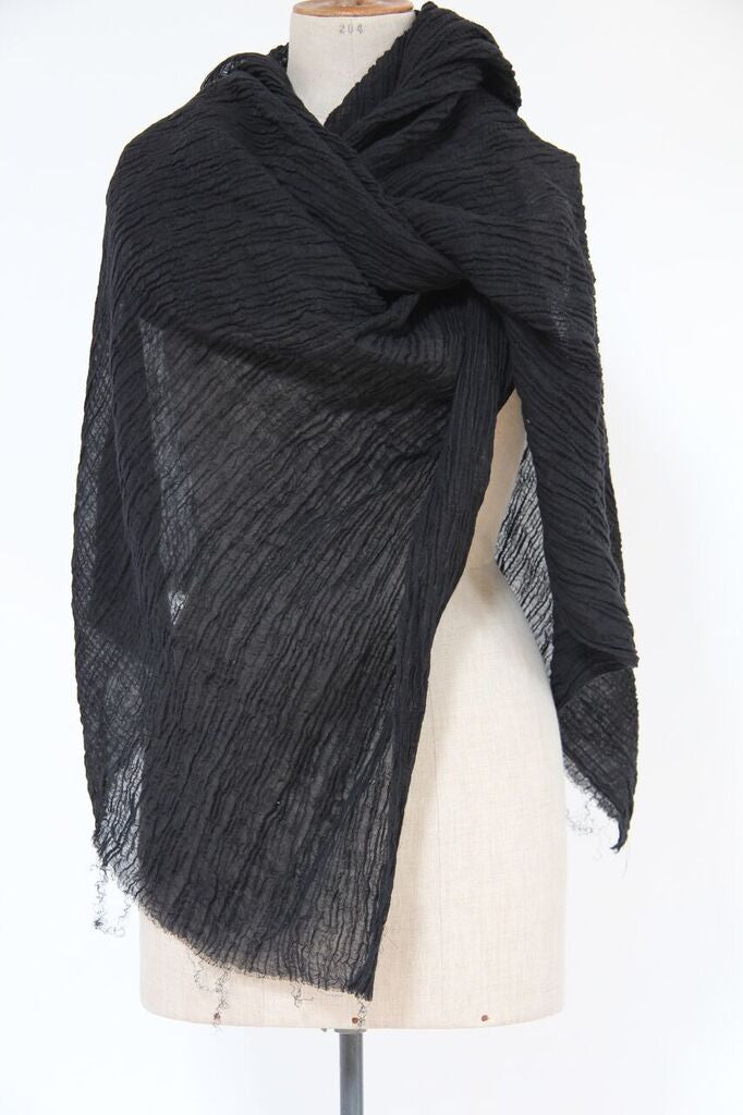 CollardManson Crinkled Linen Scarf- Black