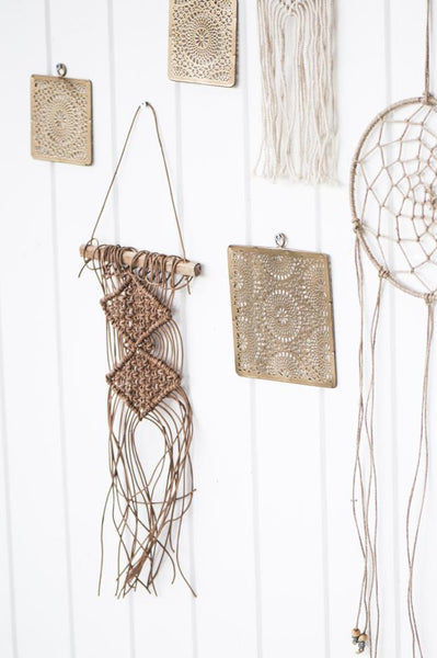 Wall Decoration with Fringes