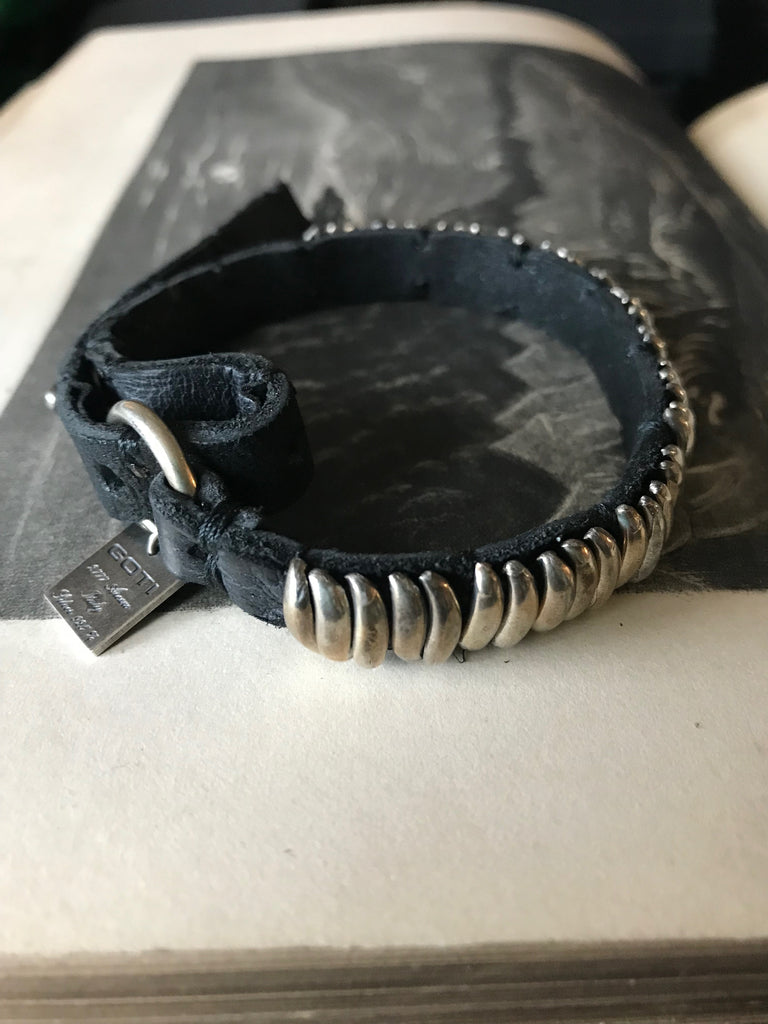 Goti 925 Oxidised Silver and leather bracelet BR212