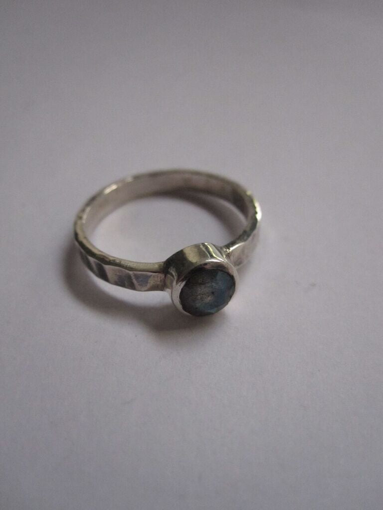 925 Silver Hammered Labradorite Ring