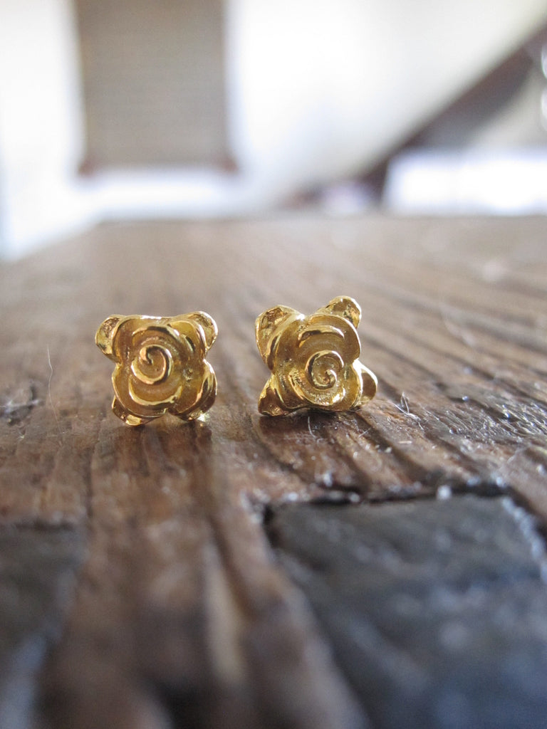 CollardManson 925 Gold Plated Silver rose studs